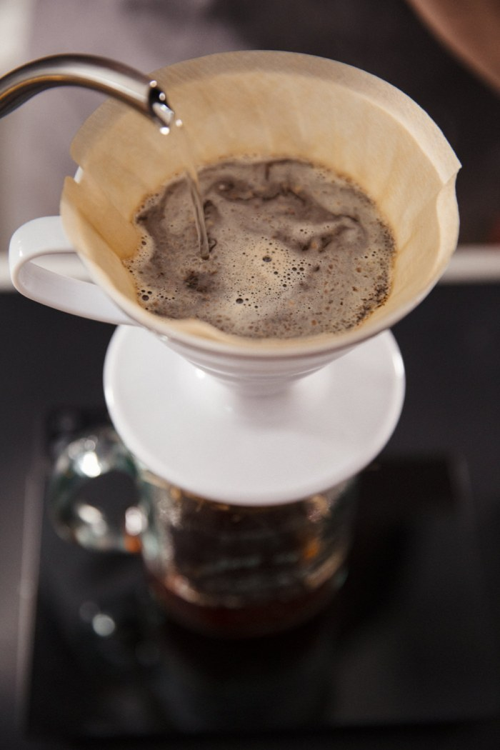 V60-Filter-Coffee-Pourover