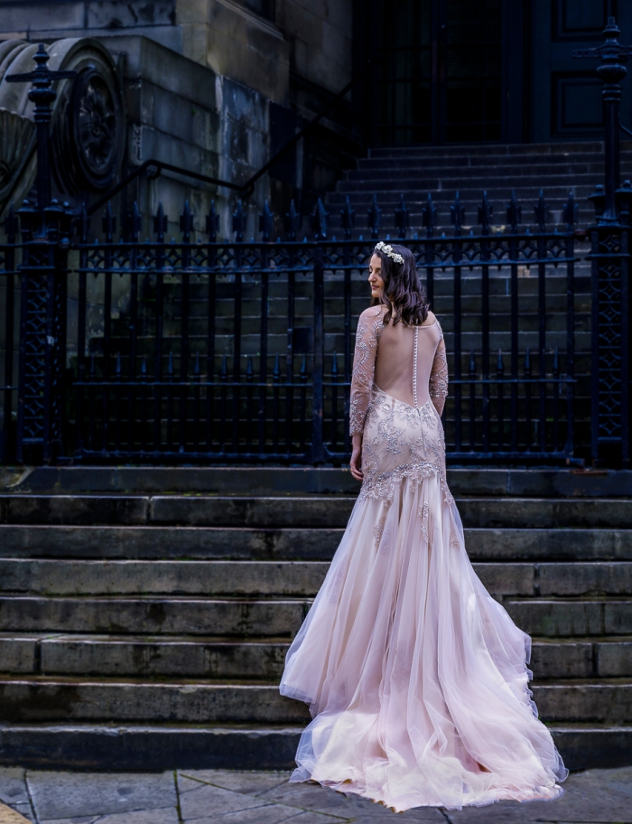 jenna-lee-wedding-photography-bride-steps-st-stephen-church-edinburgh